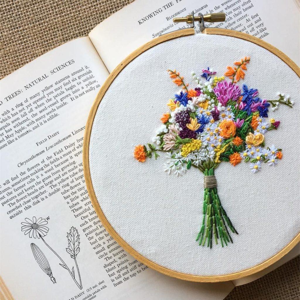 buque de flores bordado
