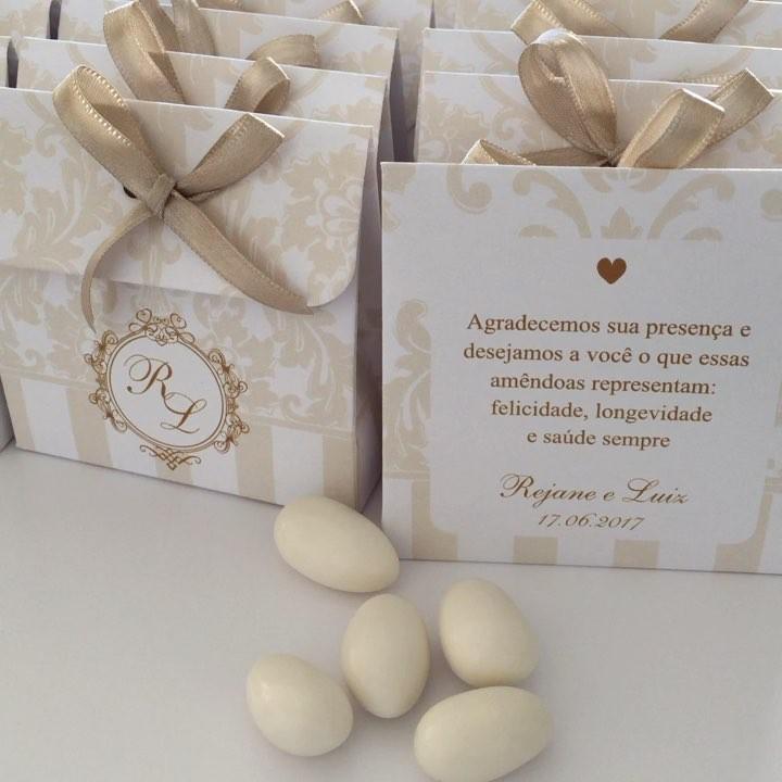 amendoas confeitadas lembrancinhas no envelope