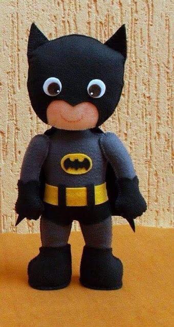 boneco batman de feltro