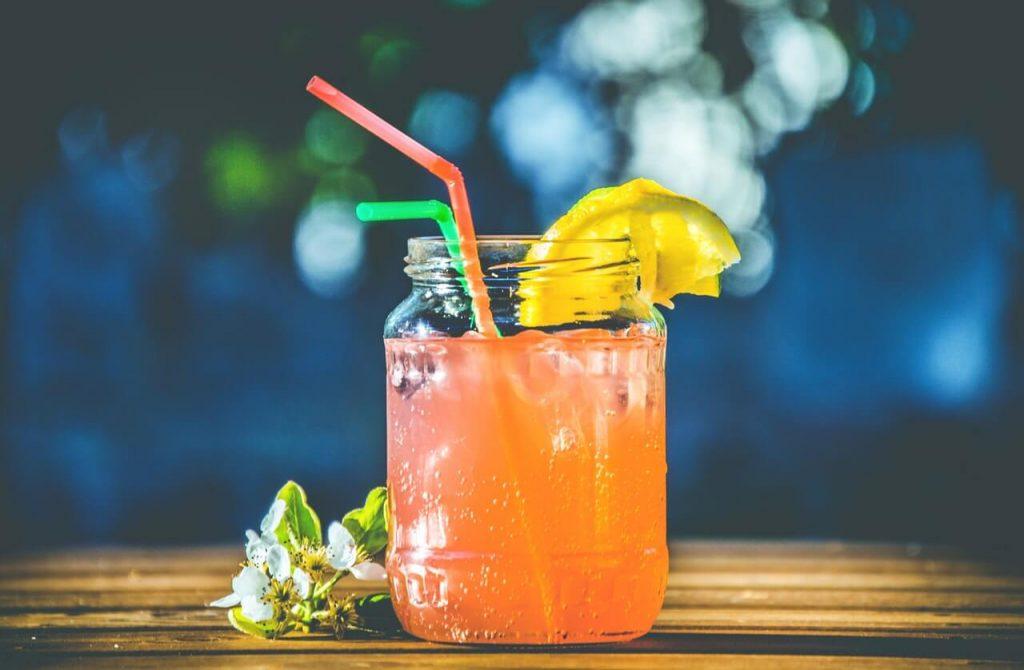 drink tropical sem alcool