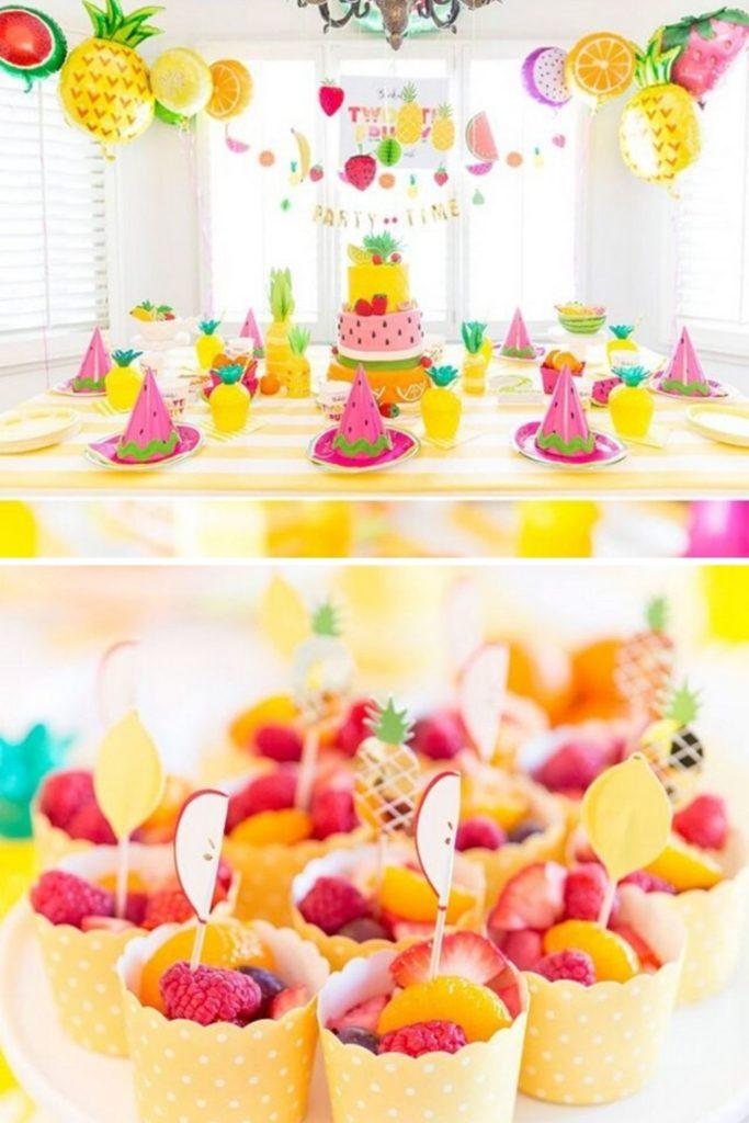 decoração alegre com frutas para festa infantil