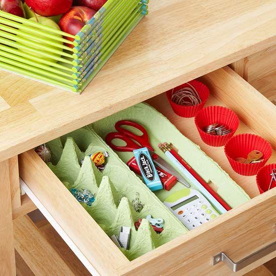 organizador de gavetas com caixa de ovos